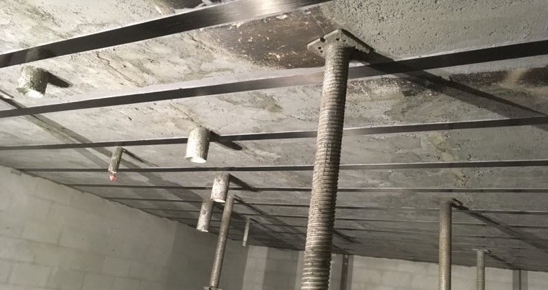 repairing a roof with concretes