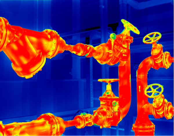 Thermographic image of a pipeline