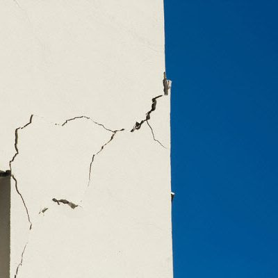 Effective Leak Solutions with Concrete Crack Injections